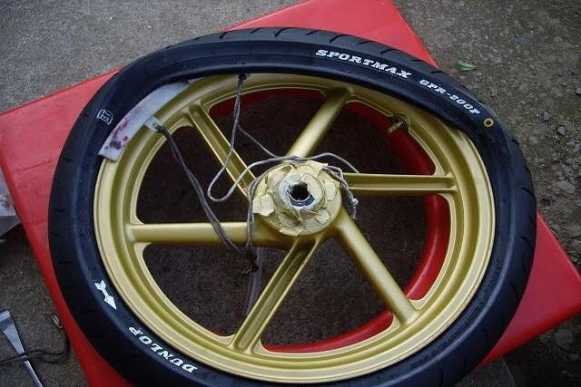 タイヤ交換 GPR200